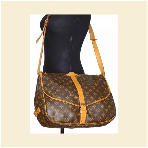 197f416bd6d Louis Vuitton Handbags - Louis Vuitton Monogram Saumur 35 messenger bag